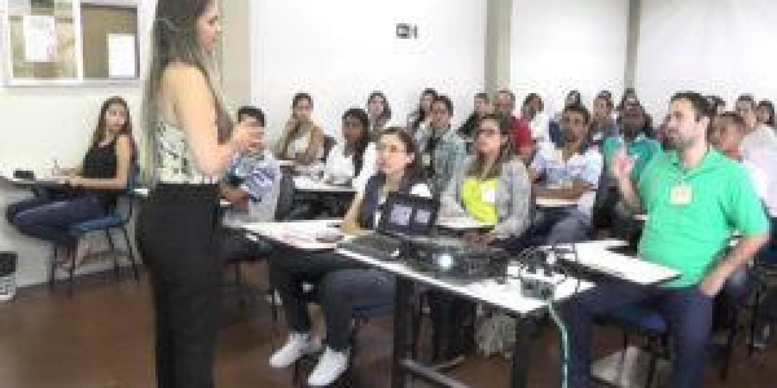 UNEC oferece curso para aplicação de medicamentos injetáveis