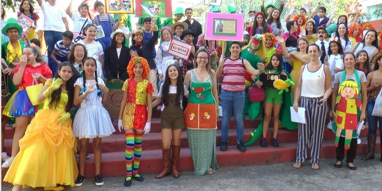 Escola Professor Jairo Grossi comemora Dia do Livro Infantil com homenagem a Monteiro Lobato